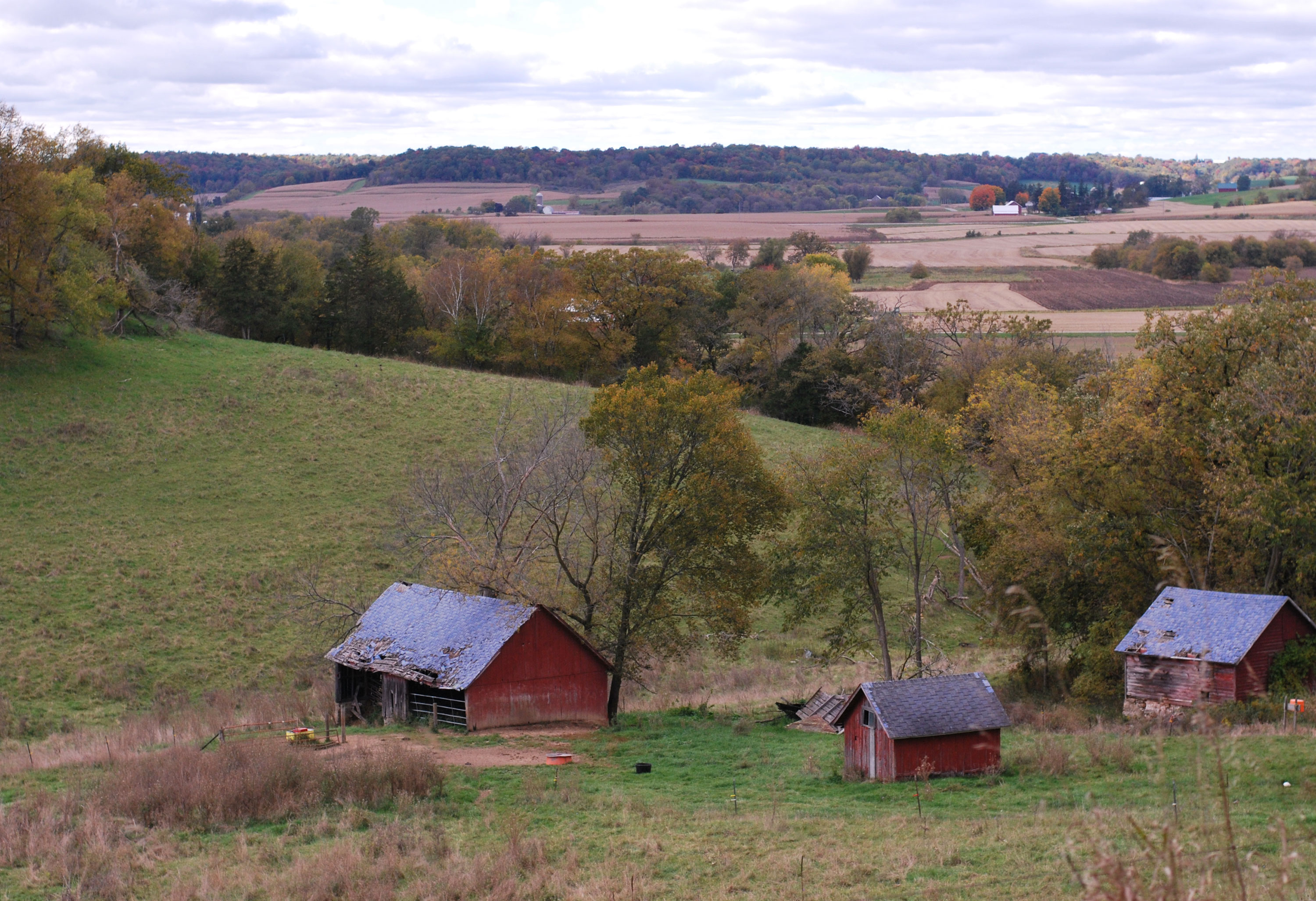 Farm structures in Sauk County, Wisconsin